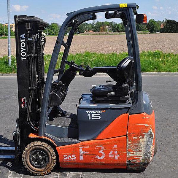 Wybitny Używany wózek widłowy elektryczny Toyota 8FBET15 – 5230 - Lemarpol IG29