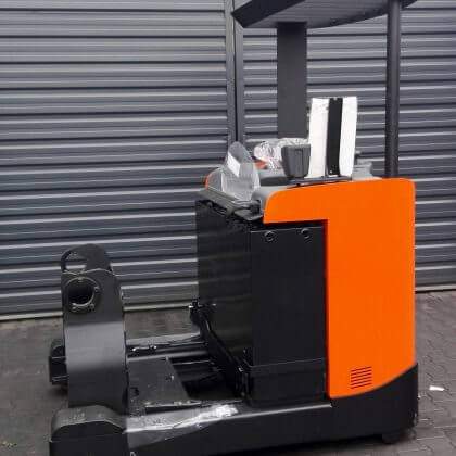 Nowy wózek widłowy elektryczny Reach Truck Toyota RRE160B